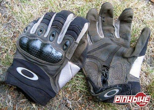 oakley pilot gloves khaki