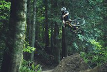 Video: Reece Wallace - Chromag