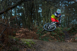 Video: Enduro-Hucking and Casual Business