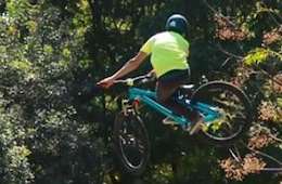 Video: Dirt Jumping in Mexico