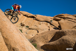 Video: Burning Mountains II - Vertriding in Namibia