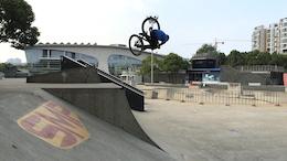 Evgeny Kurnikov - Shanghai Riding