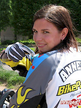 Fast, pretty and eager to become this year's 4X World Champion – Anneke Beerten Interview