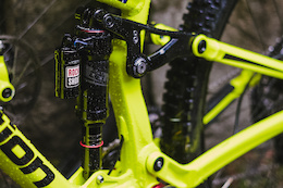 RockShox's New Super Deluxe Shock - First Ride