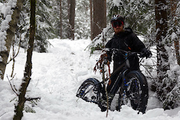 Fat bike Vs Snowman, Fatbiking in Oslo, Norway - Video