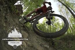 Fully Focused, Florian Vogel - Video