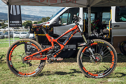 Winning Bike from Rotorua: Intense Factory Racing M16c Bike Checks
