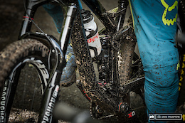 Spotted: Theo Galy's Prototype Devinci Spartan