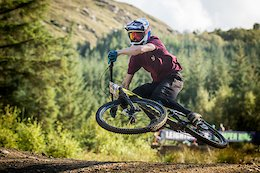 4X Wednesdays Homecoming: A Growing Scottish MTB Scene - Video