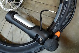 SKS RideAir Tubeless Inflation Bottle - Review