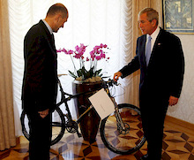 President of the USA has left Slovenia with brand new mountain bike of Slovenian origin