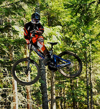 Brian Lopes wins Jim Beam Air Downhill at Kokanee Crankworx 2008