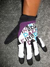 Interbike 2008 - Dakine Packs and Gloves