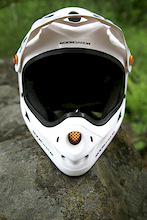 RockGardn's 'Pearl' FR/DH Helmet - Review