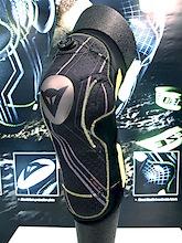 Dainese Oak Pro Aluminum Knee Pads - Eurobike 2011
