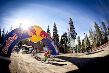 2012 Red Bull Final Descent Series