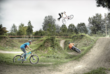 Seasons of Shred - Martin Söderström, AT and Niki Leitner Riding Roulette