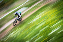 Cam Cole Joins Commencal Riding Addiction For 2014