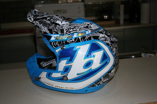 SE2 Moto Lid in the History