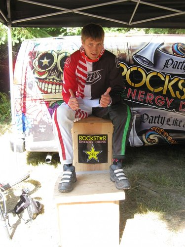Tyler Gilsdorf (DownhillZone Racing) first to get the Rockstar Energy Hotseat and first class win of the day. Congrats Tyler!